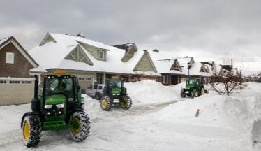 Hunt Club East Snow & Lawn snowplows clear driveways in Ottawa