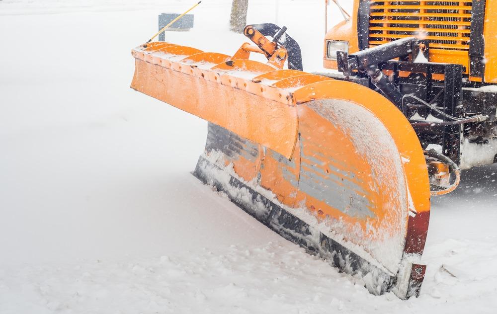 snow blowing driveway in Ottawa Hunt Club East
