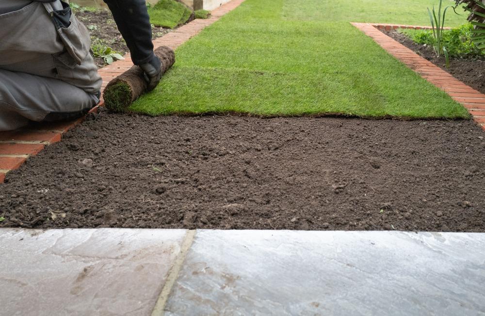 Installing RTF Grass in Ottawa