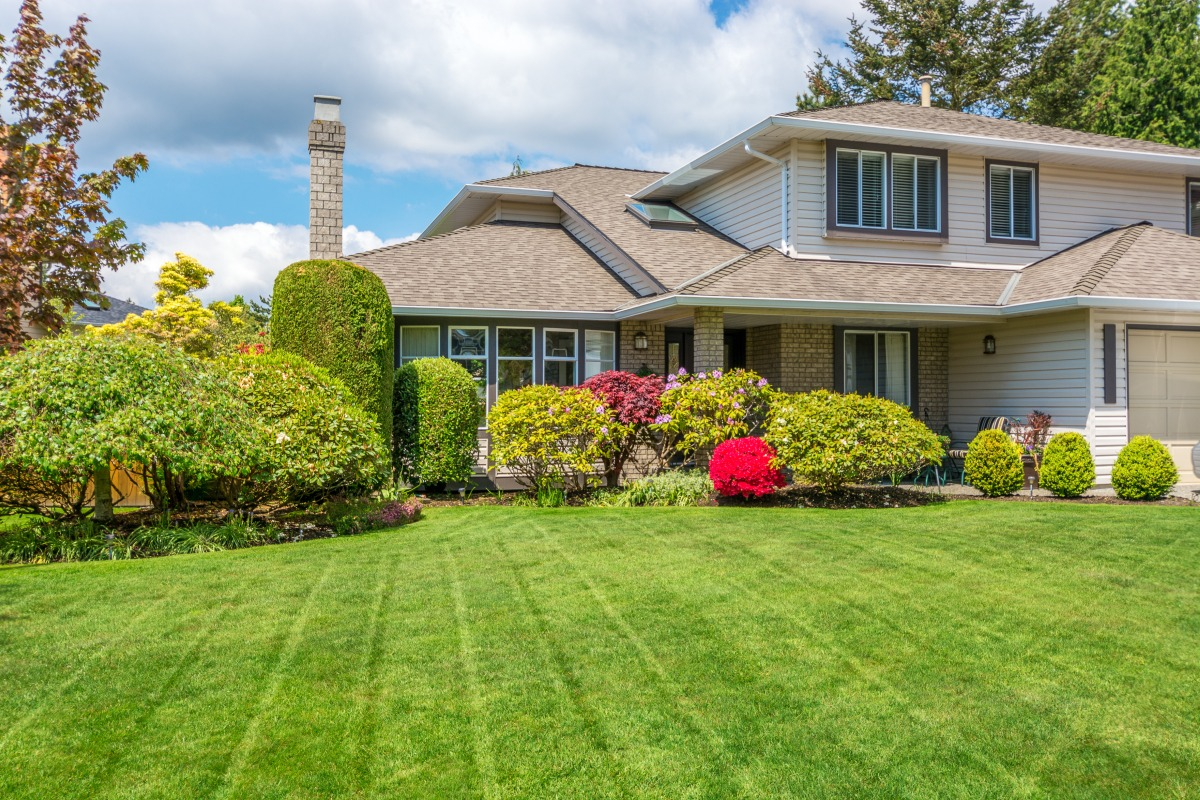 house with perfect lawn